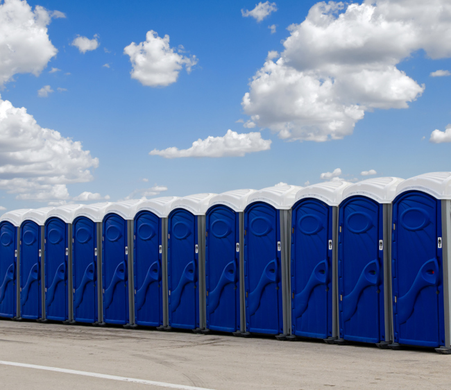 Looking to Rent Portable Toilets? Here are 3 Things You Should Know